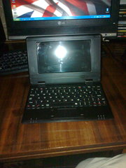 продам нетбук EPC 7inch Android 2.2 OS 2GB Netbook Laptop with 3G & Wi